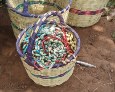 Basket_of_beads